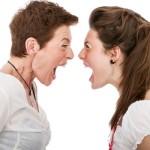 Cum facem faţă negativităţii din familie?